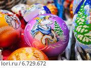 Купить «Новогодние елочные шарики с символом 2015 года - овечкой», эксклюзивное фото № 6729672, снято 28 ноября 2014 г. (c) lana1501 / Фотобанк Лори
