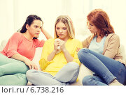 Купить «two teenage girls comforting another after breakup», фото № 6738216, снято 12 апреля 2014 г. (c) Syda Productions / Фотобанк Лори