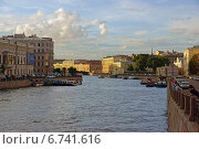 Вид на Фонтанку с Аничкова моста (2014 год). Редакционное фото, фотограф Ирина Черкашина / Фотобанк Лори