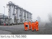 Подготовка газа (2012 год). Редакционное фото, фотограф Anton Paley / Фотобанк Лори