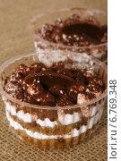 Пирожные тирамису. Стоковое фото, фотограф Трофимова Мария / Фотобанк Лори