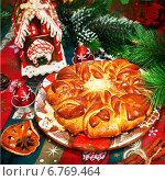 Купить «Новогодний пирог», фото № 6769464, снято 21 декабря 2013 г. (c) ElenArt / Фотобанк Лори