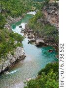 Горная река с голубой водой. Стоковое фото, фотограф Евгений Макеев / Фотобанк Лори