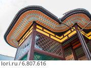 Купить «Фрагмент фасада Бахчисарайского дворца в Крыму», фото № 6807616, снято 30 апреля 2013 г. (c) Anna P. / Фотобанк Лори