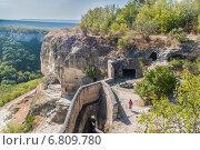 Купить «Крым, пещерный средневековый город Чуфут-Кале», фото № 6809780, снято 17 сентября 2014 г. (c) Александр  Буторин / Фотобанк Лори