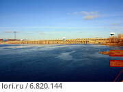 Балаково, гидроэлектростанция. Стоковое фото, фотограф Виктор Архипов / Фотобанк Лори