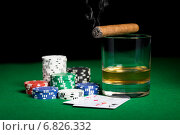 Купить «close up of chips, cards whisky and cigar on table», фото № 6826332, снято 17 октября 2014 г. (c) Syda Productions / Фотобанк Лори