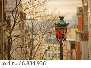Уличный фонарь на Монмартре. Париж (2012 год). Стоковое фото, фотограф Игорь Чириков / Фотобанк Лори