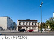 Berlin, Germany, detached Gruen currently building in Berlin-Moabit (2011 год). Редакционное фото, агентство Caro Photoagency / Фотобанк Лори