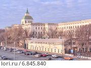 Купить «Москва. Москворецкая набережная», фото № 6845840, снято 22 ноября 2014 г. (c) Parmenov Pavel / Фотобанк Лори