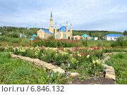 Купить «Соборная мечеть Лениногорска «Ихлас»(искренность)», фото № 6846132, снято 28 августа 2014 г. (c) александр афанасьев / Фотобанк Лори