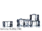 Купить «Кубики льда с каплями воды», фото № 6852740, снято 30 декабря 2014 г. (c) Владимир Агапов / Фотобанк Лори