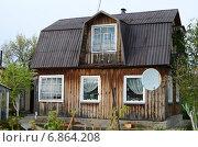 Дачный домик с мансардой (2014 год). Стоковое фото, фотограф Илья Пермяков / Фотобанк Лори
