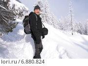 Купить «Горный турист», фото № 6880824, снято 7 января 2015 г. (c) Дмитрий Шульгин / Фотобанк Лори