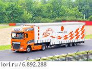 Купить «DAF XF», фото № 6892288, снято 27 июля 2014 г. (c) Art Konovalov / Фотобанк Лори
