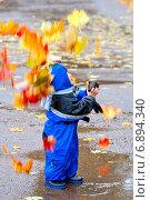 Купить «Прогулки по осеннему парку», фото № 6894340, снято 30 сентября 2006 г. (c) Дмитрий Боков / Фотобанк Лори
