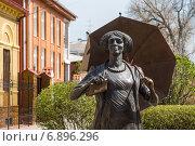 Купить «Фрагмент памятника Фаине Раневской в Таганроге», фото № 6896296, снято 19 апреля 2014 г. (c) Борис Панасюк / Фотобанк Лори