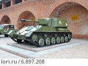 Купить «СУ-76 -советская лёгкая самоходно-артиллерийская установка.Выставка военной техники в Нижегородском кремле в 2014 году.», фото № 6897208, снято 3 сентября 2014 г. (c) александр афанасьев / Фотобанк Лори