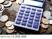 Купить «Калькулятор и российские рубли», фото № 6908448, снято 19 января 2015 г. (c) Александр Калугин / Фотобанк Лори