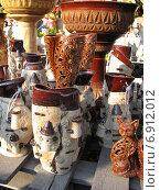 Купить «Торговля керамикой на обочине трассы М5», эксклюзивное фото № 6912012, снято 23 апреля 2011 г. (c) lana1501 / Фотобанк Лори