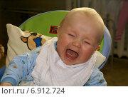 Купить «Плачущий ребёнок», фото № 6912724, снято 3 апреля 2010 г. (c) Харитонов Сергей / Фотобанк Лори