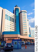 Фасад современного здания на Большой Тульской улице. Москва (2013 год). Редакционное фото, фотограф Макарова Елена / Фотобанк Лори