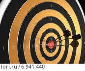 Мишень с тремя дротиками в центре. Стоковая иллюстрация, иллюстратор Солодилов Алексей / Фотобанк Лори
