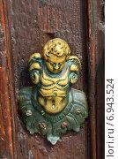 Купить «Дверная ручка, Венеция», фото № 6943524, снято 21 сентября 2014 г. (c) Знаменский Олег / Фотобанк Лори