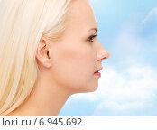 Купить «clean face of beautiful young woman», фото № 6945692, снято 15 апреля 2014 г. (c) Syda Productions / Фотобанк Лори