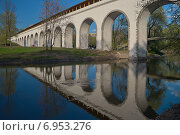 Купить «Ростокинский акведук», фото № 6953276, снято 27 апреля 2008 г. (c) Константин Гуща / Фотобанк Лори