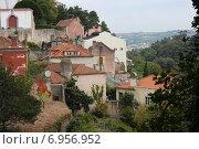 Купить «Вид на старинный город Синтра, Португалия», фото № 6956952, снято 27 октября 2014 г. (c) Мария Николаева / Фотобанк Лори