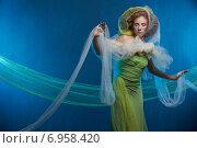 Купить «Сказочная девушка на голубом фоне», фото № 6958420, снято 1 февраля 2015 г. (c) Насонов Алексей / Фотобанк Лори