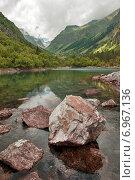 Камни на Бадукском озере (2014 год). Редакционное фото, фотограф Кузякин Иван / Фотобанк Лори