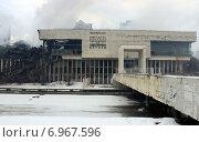 Сгоревшее здание ИНИОН (2015 год). Стоковое фото, фотограф Данила Васильев / Фотобанк Лори