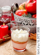 Layer strawberry dessert with whipped cream topping. Party dessert. Стоковое фото, агентство BE&W Photo / Фотобанк Лори