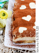 Купить «Tiramisu cake decorated with hearts. Party dessert», фото № 6978120, снято 19 января 2020 г. (c) BE&W Photo / Фотобанк Лори