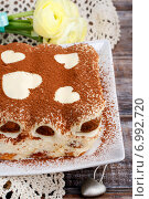 Купить «Tiramisu cake decorated with hearts. Party dessert», фото № 6992720, снято 19 января 2020 г. (c) BE&W Photo / Фотобанк Лори
