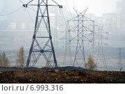 Туманное утро. Промзона. Стоковое фото, фотограф М. Гимадиев / Фотобанк Лори