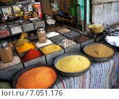 Лавка пряностей. Джодпур, Индия. (2015 год). Редакционное фото, фотограф Наталья Большакова / Фотобанк Лори