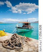 Купить «Рыбачкая лодка на причале на острове Крит», фото № 7056608, снято 9 мая 2014 г. (c) photoff / Фотобанк Лори