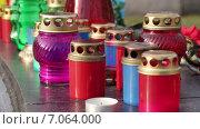 Купить «Поминальные свечи», видеоролик № 7064000, снято 17 февраля 2015 г. (c) Потийко Сергей / Фотобанк Лори