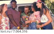 Купить «In high quality format pretty hipsters toasting with beer», видеоролик № 7064316, снято 22 августа 2018 г. (c) Wavebreak Media / Фотобанк Лори