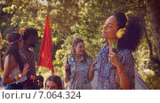 Купить «In high quality format pretty hipster listening to music », видеоролик № 7064324, снято 22 августа 2018 г. (c) Wavebreak Media / Фотобанк Лори
