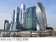 Купить «Международный деловой центр Москва-Сити», эксклюзивное фото № 7082696, снято 24 февраля 2015 г. (c) lana1501 / Фотобанк Лори