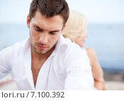 Купить «stressed man with man outside», фото № 7100392, снято 14 июля 2013 г. (c) Syda Productions / Фотобанк Лори