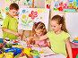 Child painting at easel., фото № 7107316, снято 30 июня 2013 г. (c) Gennadiy Poznyakov / Фотобанк Лори