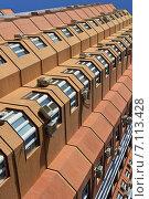 Купить «Восемнадцатиэтажный панельный жилой дом. Заводской проезд, 23», эксклюзивное фото № 7113428, снято 11 марта 2015 г. (c) lana1501 / Фотобанк Лори