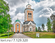 Купить «Самая большая деревянная церковь в мире. Керимяки. Финляндия», фото № 7129320, снято 8 июня 2013 г. (c) Румянцева Наталия / Фотобанк Лори