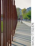 Купить «Берлинская стена, Берлин, Германия», фото № 7132676, снято 6 октября 2014 г. (c) Анастасия Улитко / Фотобанк Лори