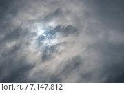 Купить «Солнечное затмение 20 марта 2015 года в Великом Новгороде», фото № 7147812, снято 20 марта 2015 г. (c) Зезелина Марина / Фотобанк Лори